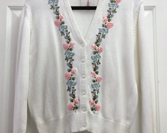 Cute Retro 80s Embroidered Floral Vintage Cardigan  / Extra Large