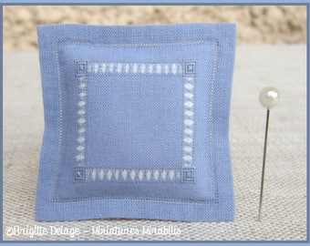 Miniature cushion 1/12 scale beams knotted blue white