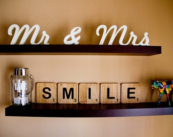 Scrabble XXL lyrics. To decorate your home or your wedding. Ideal for sessions of photos and to decorate your child's room /-to