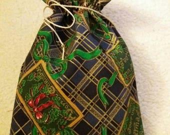 Santa Claus gift bag pouch