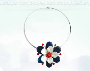 Sapphire Seashell Floral Collar Necklace