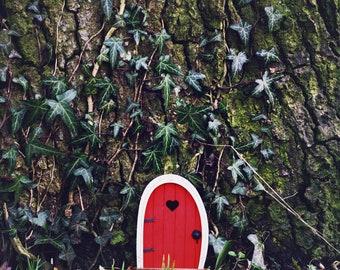 Fairy Door 'Bella' in Red - Red Fairy door - Fairy door for tree - Miniature door - Fairy garden - Fairytale door - Tooth Fairy door