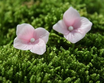 Hydrangea stud earrings - post earrings - hydrangea jewelry - botanical earrings - pink jewelry -spring earrings - clay earring