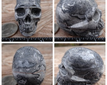 "1.9"" 3.2oz 91.5g Chinese Crazy Lace aka Chinese Writing Lace Skull Realistic Hand Carved Handmade Crystal Healing Reiki Wicca Grey SK2804"