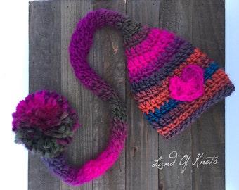 crochet elf hat, newborn elf hat, newborn elf hat photo prop, crochet pixie hat, crochet elf hat with pom pom, newborn pixie hat.