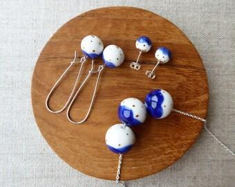 Gold Dot Snowball Kindney Wire Earrings