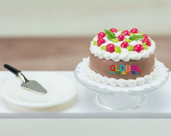 Dollhouse Miniatures Chocolate Cake with Cherry Topping + Round Glass Bakery Stand and Dish with Metal Spatula