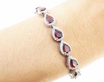 Garnet Bracelet Birthstone Bracelet January Birthstone Jewelry Gemstone Bracelet Bridesmaid Gift Wedding Gift for mom Mothers day gift