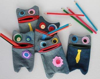 Mostrastuccio: cute pouch in jeans