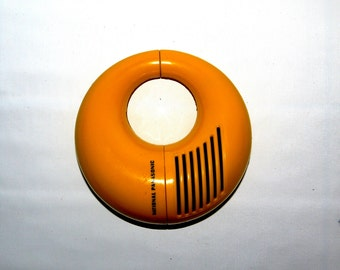 National Panasonic Toot-a-loop 72 - Vintage 1970's wrap-around-your-wrist portable transistor radio