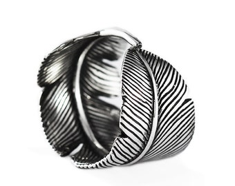 Silver Feather Ring Unique Mens and Womens Jewelry