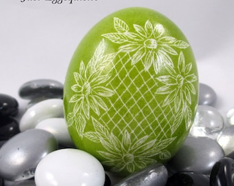 Pysanky, Pisanki, Ukrainian Egg, Polish Easter Egg, Skrobanki, Easter Egg, Ukrainian Easter Egg, Scratched Egg, Pysanky Egg, Green Floral
