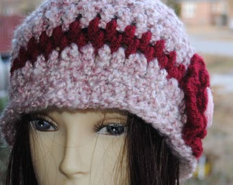 Vintage inspired Womans Crochet cloche bucket flapper hat 22 to 24 Varigated pink and burgundy
