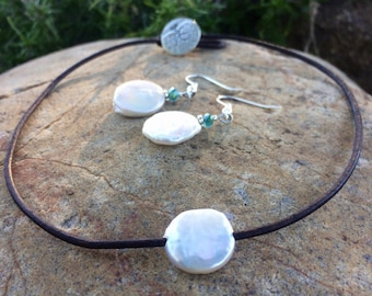 Coin Pearl leather choker,coin pearl leather necklace,freshwater pearl necklace,pearl on leather necklace,pearl on leather choker,pearl chok