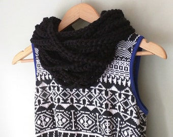Black Chain Scarf / Short / Infinity Scarf / Black Scarf / Scarf Necklace