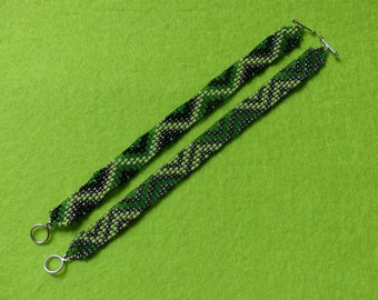Set of 2 woven beaded bracelets