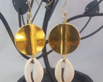 Beautiful Cowrie Shell Earrings.