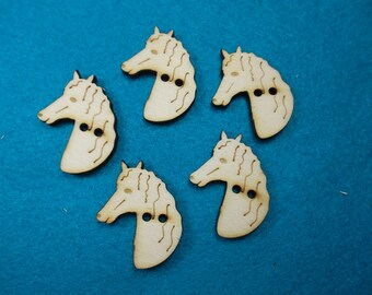 5 buttons, Horse, Wood, 2.5 x 3 cm (15-0017A)