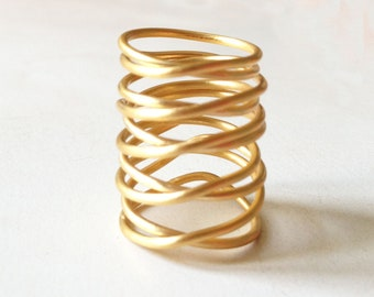 gold statement ring,  minimalist gold ring, gold plated ring, handmade wire ring, bronze statement ring, big gold wire ring, GIFT for her