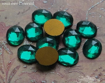 Vintage Cabochons - 10x12 mm Facet Emerald Green - 6 West German Faceted Glass Stones