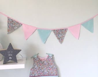 Sleeping bag/sleeping bag and matching Bunting Garland for baby girl - liberty pale pink and Fuchsia. Printed betsy porcelain and turquoise