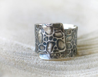 Textured Band Ring in Sterling Silver - Leather Pattern - Handmade one of a kind