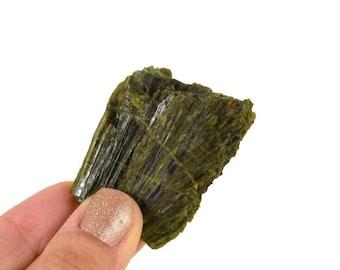 Green Tourmaline Crystal / Rough Healing Crystal /50g