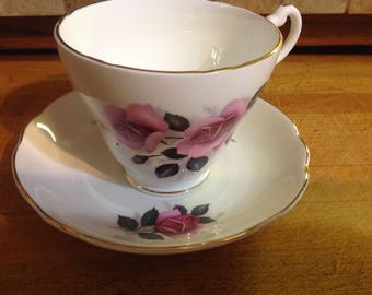 Vintage Royal Ascot Tea Cup And Saucer Bone China Made In England