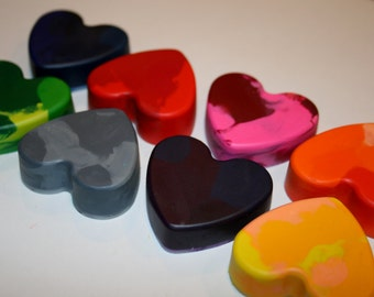 Set of 8 Colorful Heart Crayons