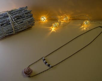 Necklaces with pearls and pink chain