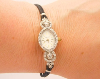 1.00 Carat T.W. LADIES Jaguar Quartz Wrist Watch 7 Inch 14K Yellow Gold