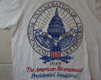 Vintage 80's George H Bush Dan Quayle 1989 The American Bicentennial Presidential Inaugural White T Shirt Size L