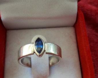 silver argent925 with green stone ring or ring carving