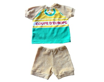 FRENCH VINTAGE 70's / kids / ensemble / tee-shirt and shorts / terrycloth / football / NOS / size 2 years