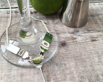 Gin lover gift - Gin and tonic cocktail glass necklace - Gin bottle pendant - Statement jewellery - Quirky gift for her - Best friend