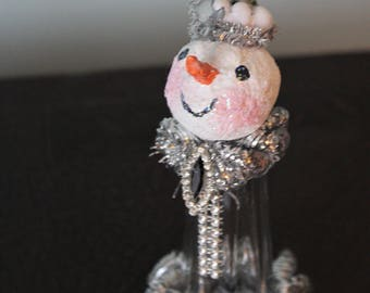 Ariene Snow: salt shaker snowman (snow person) with paper mache head and vintage jewelry accents, Christmas decoration