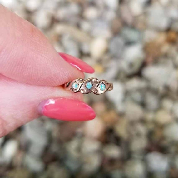 Darling antique Victorian 10k rose gold three opal baby ring, midi ring, pink gold, size 1, infant ring