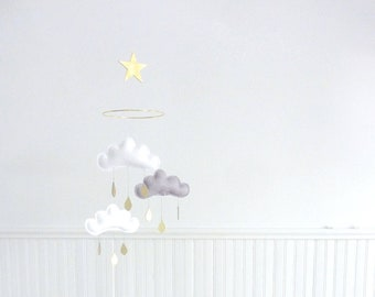 White and grey cloud mobile-Neutral gender nursery mobile-neutral baby gift- Ceiling Mobile-Baby mobile- star mobile-monochrome mobile- cot