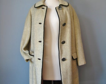 Austrian Wool Coat / Vtg 60s / Beige Boiled Wool Coat / Trachten