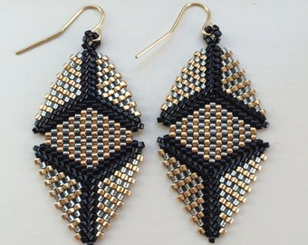 Beaded Katherine Earring in Silver, Gold, and Black