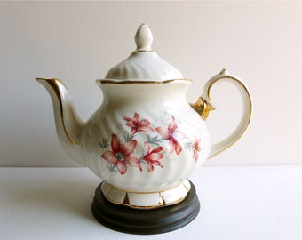 Vintage Gibsons Teapot, White with Red Lilies & Gold Gilding, Made in England. Perfect for a Vintage Tea Party, Gift or Styling Prop
