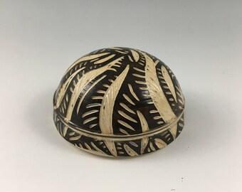 Ceramic Jewelry Holder, Ceramic Jar, Pottery Jewelry Holder, Sgraffito Jar, Ceramic Container, Ring Holder, Small Sponge Holder, Decorative