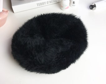 Black dyed Tuscan lamb fur hat | Black lamb fur beret | French beret hat | Made in Italy