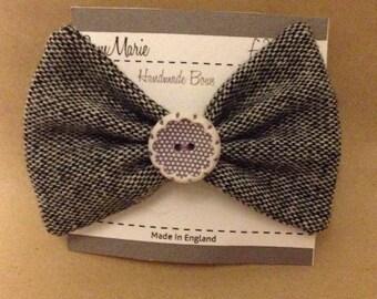 Cute button hair bow