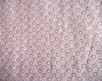 Peachy Coral Leaf-like Splotches Fabric - One Yard