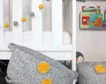 Mustard and grey Pom-pom Garland,Mustard&grey felt ball garland,kids bedroom decor,nursery decor,Monochrome decor, baby bunting,mkkids
