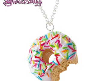Vanille donut necklace