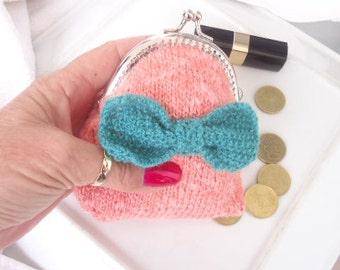 Knitted purse, Coin pouch, Cute coin purse, Bow purse, Change purse, Kiss lock purse, Pink coin purse, Clasp purse, Girl gift, Teen gift