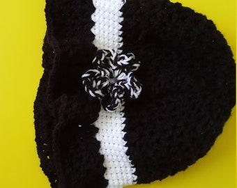 Black & White Crochet Hat - Medium Size