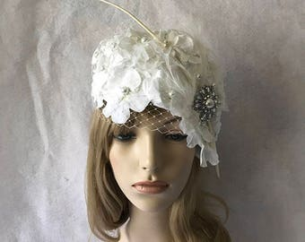 White vintage style church hat with long feather quill and white veiling for church, tea Parties, wedding, derby races hat, special occasion